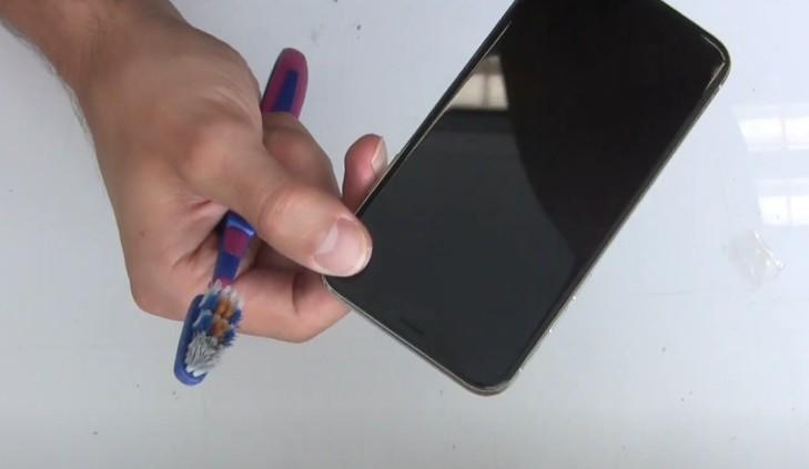 Чистка динамика iPhone X