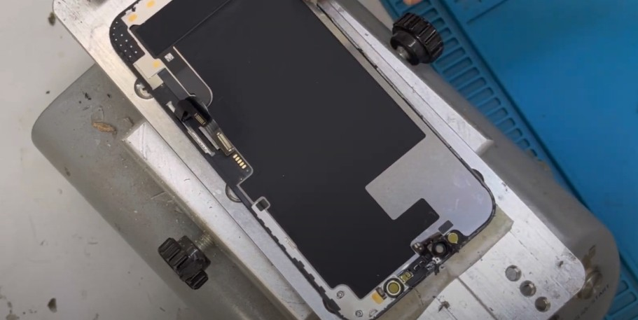 стекло iPhone 12 Pro