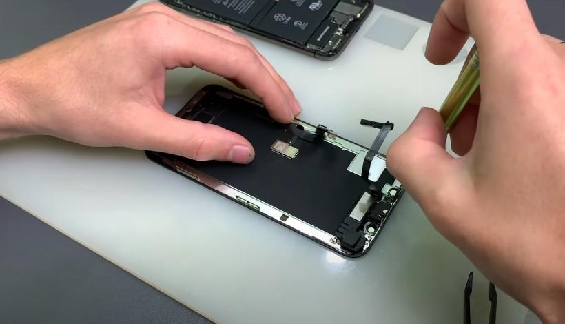 замена стекла для iPhone XS
