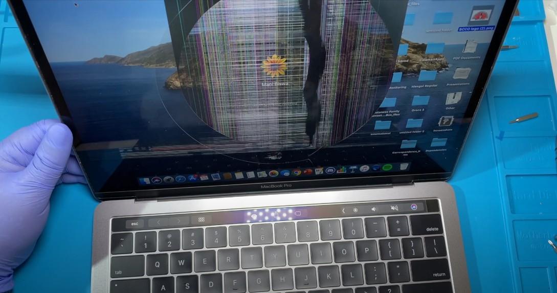 Замена экрана на Macbook Pro 13