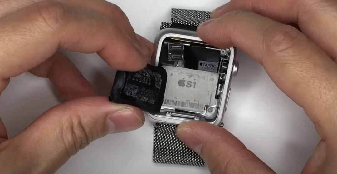 Замена АКБ Apple Watch 1