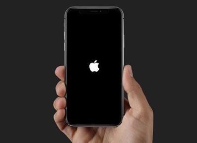 iPhone завис на яблоке